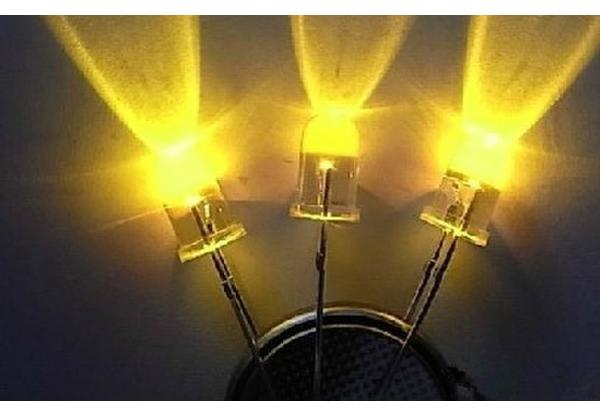 1000PCS Yellow Superbright LED Light Water Clear 5mm Round